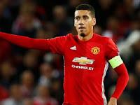 Chris Smalling Teken Kontrak Baru Dengan Manchester United