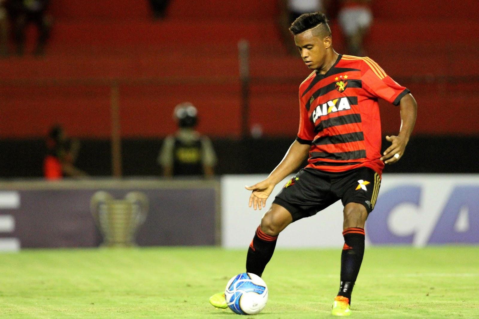 Sport terá voltas de Magrão e Rithely para confronto contra o Santos 4370ebfd39747