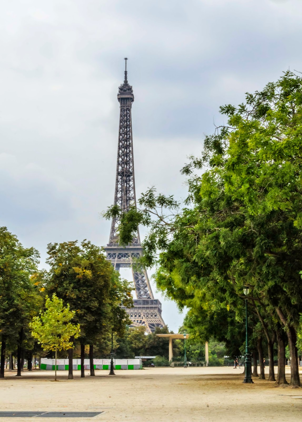 Torre Eiffel e Praça