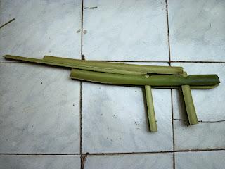 Permainan Tembak-tembakan dari pelepah pisang