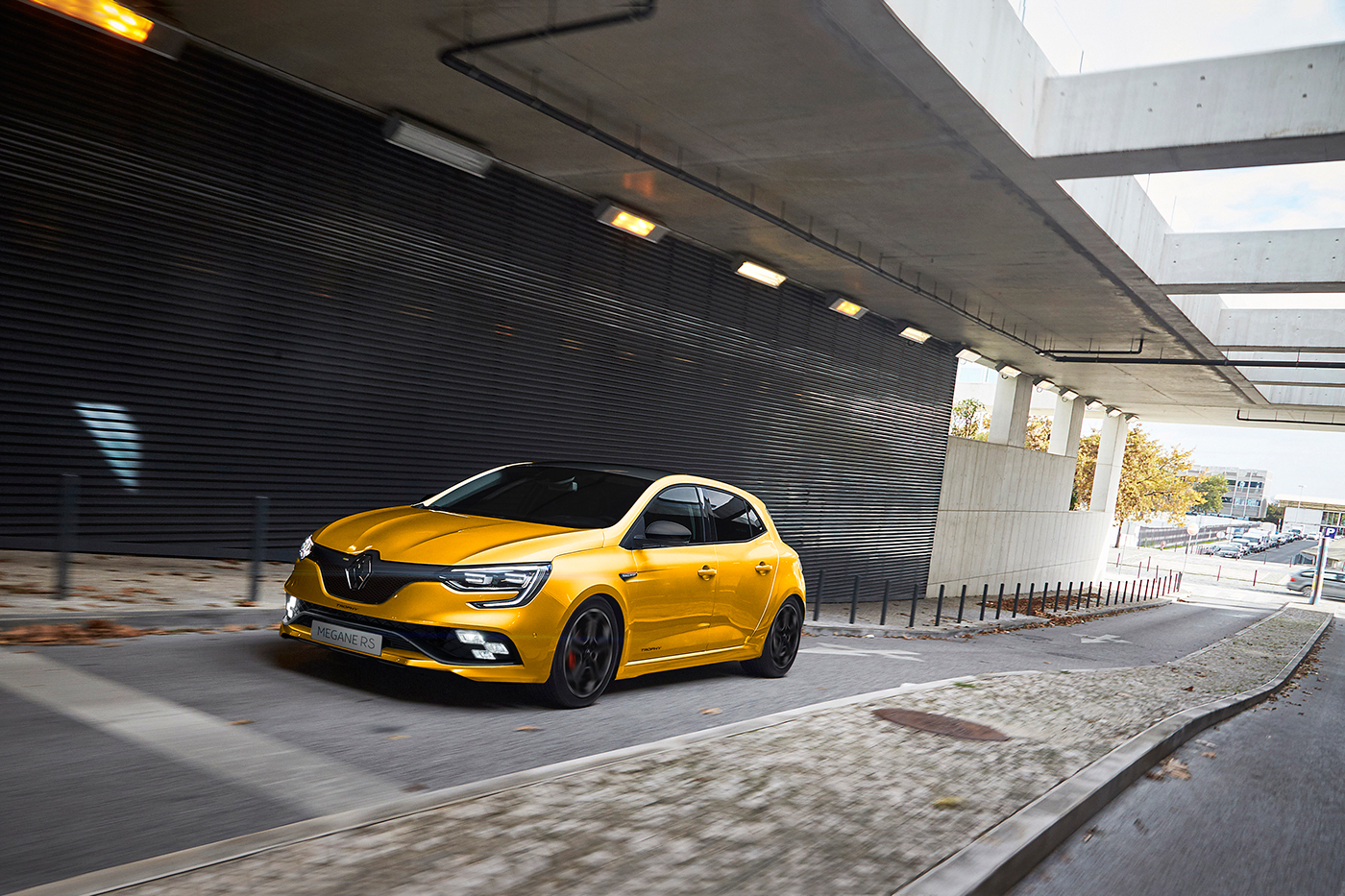 new renault megane rs trophy will most probably look like this carscoops. Black Bedroom Furniture Sets. Home Design Ideas