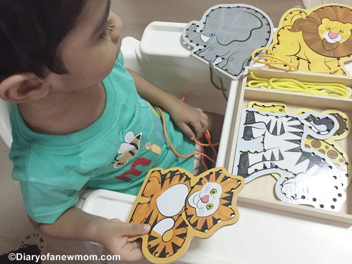 Melissa & Doug Lace & Trace - Wild Animals -singapore
