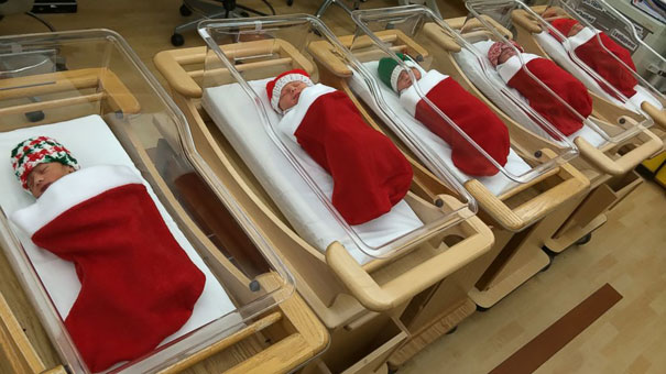 Creative Ideas For Christmas Decorations By A Hospital's Medical Staff - Babies Born In The Festive Period Are Wrapped Up In Christmas Stockings
