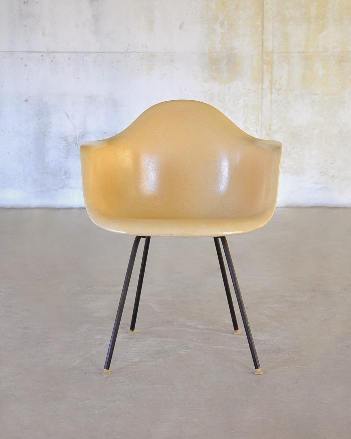 Shell Chair Knock Off Chaise Lounger Select Modern Eames Fiberglass