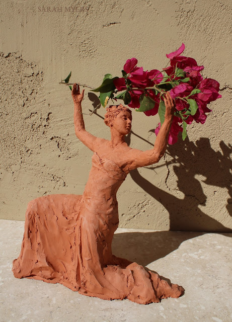sculpture, terracotta, kneeling, woman, sarah, myers, red, clay, dance, figure, arte, escultura, figurative, classic, human, lady, poise, earthenware, orange, flowers