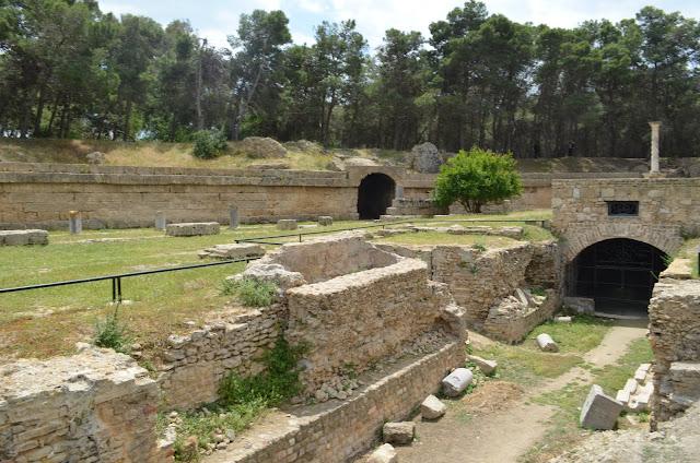 Cartago (Carthage em frances)