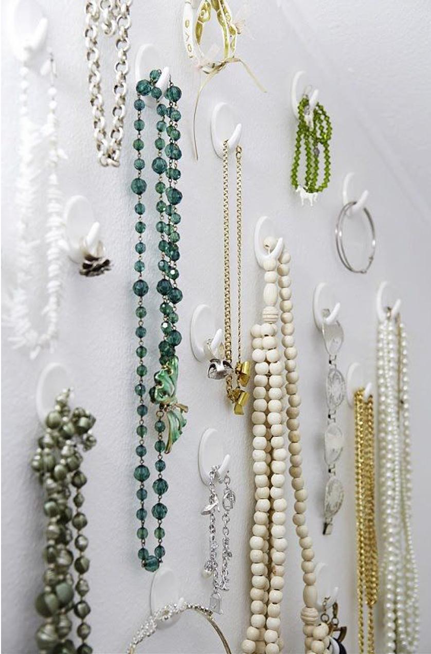 Ganchos auto adesivos Ideias para organizar bijuterias