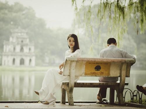 4 Tanda Pasangan Tidak Serius Menjalin Hubungan Dengan Anda, Mari Dichek!