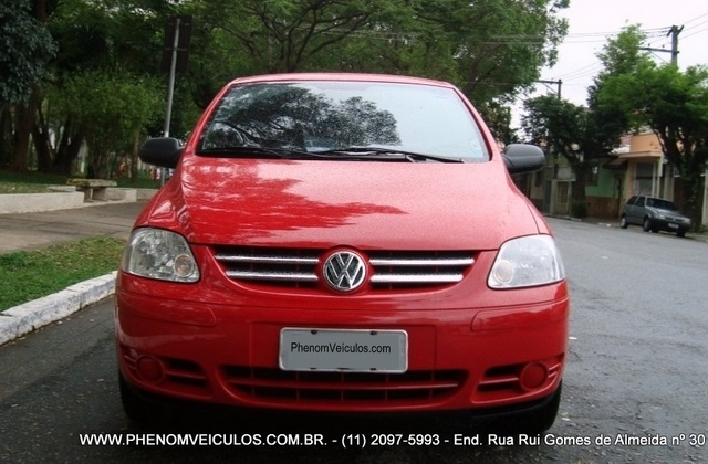 Volkswagen Fox 1.0 Flex 2007 Plus 2 portas - frente