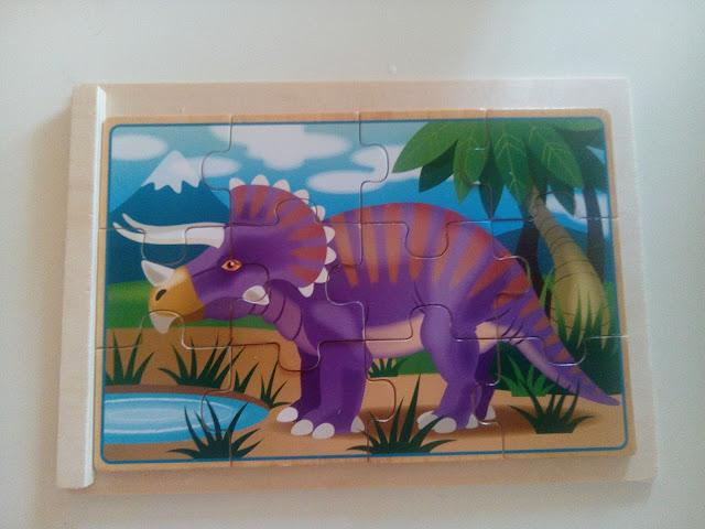 puzzle de madera de triceratops