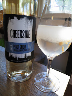 Creekside Pinot Grigio and Golden Niagara Peach Slushie