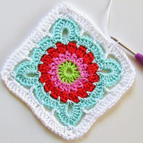 Beautiful Granny Square - Free Pattern