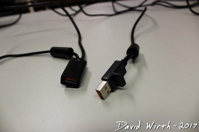 xbox kinect plug