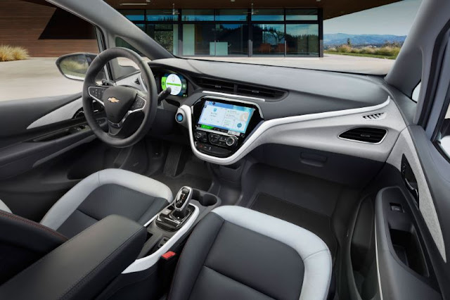 2017 CHEVROLET BOLT EV RANGE INTERIOR
