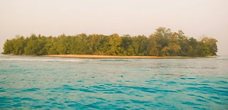 http://www.teluklove.com/2017/04/destinasti-objek-wisata-pulau-melinjo.html