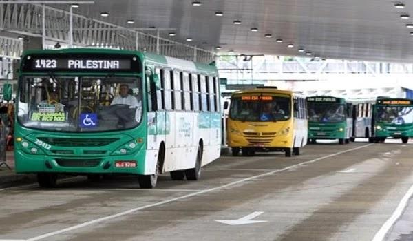 O Partido dos Trabalhadores (PT) se manifestou contra o aumento da tarifa de ônibus anunciado pelo prefeito ACM Neto