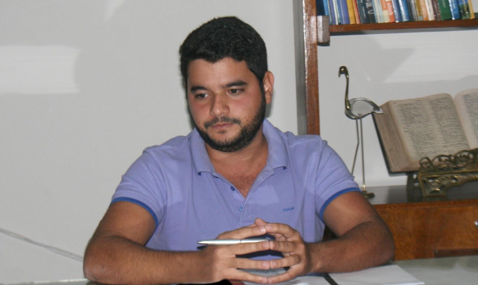 ITAPETINGA:PREFEITO RODRIGO HAGGE CONFIRMA PAGAMENTO DE SALÁRIO ATRASADO DIA 16 - Itapetinga Acontece