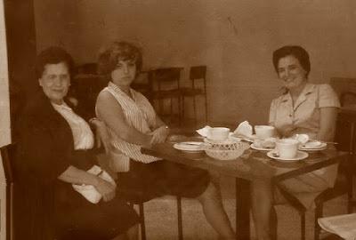 Las ajedrecistas Carmen Carrión, Maria Lluïsa Puget y Antonia Jover