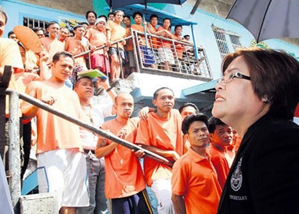 INMATES RAISED P16M FOR DE LIMA'S CAMPAIGN