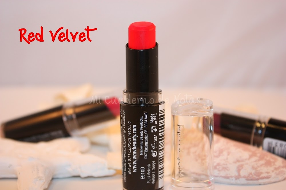 Mis labiales Mega Last Lip Color de Wet N Wild