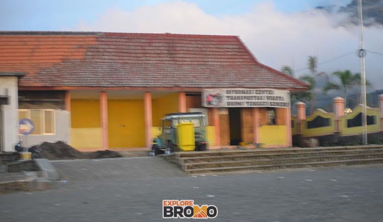 terminal dan pusat informasi kunjungan wisata bromo