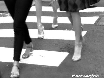Crosswalks,Photo,Women,B/N