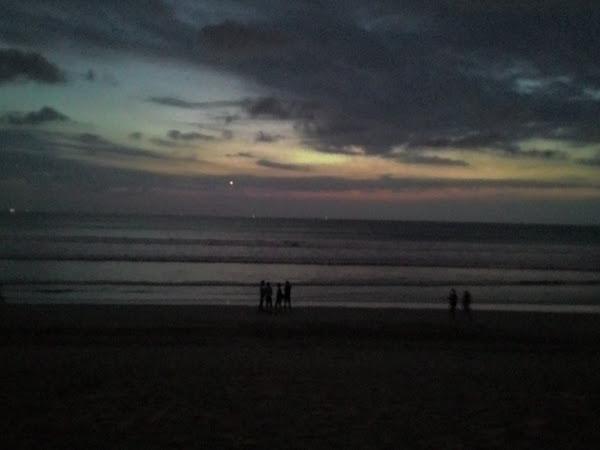 Kuta Berbalut Senja di Bali, Aku Ingin Menjejakmu Lagi