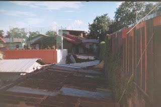 Red roof - Holga 135bc
