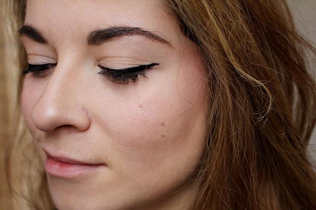 palette contour kit makeup revolution peau claire