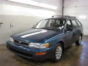 mobil sedan corolla DX