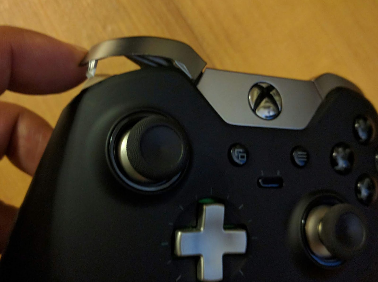 Electronic DIY Repairs: Xbox One Controller bumper and