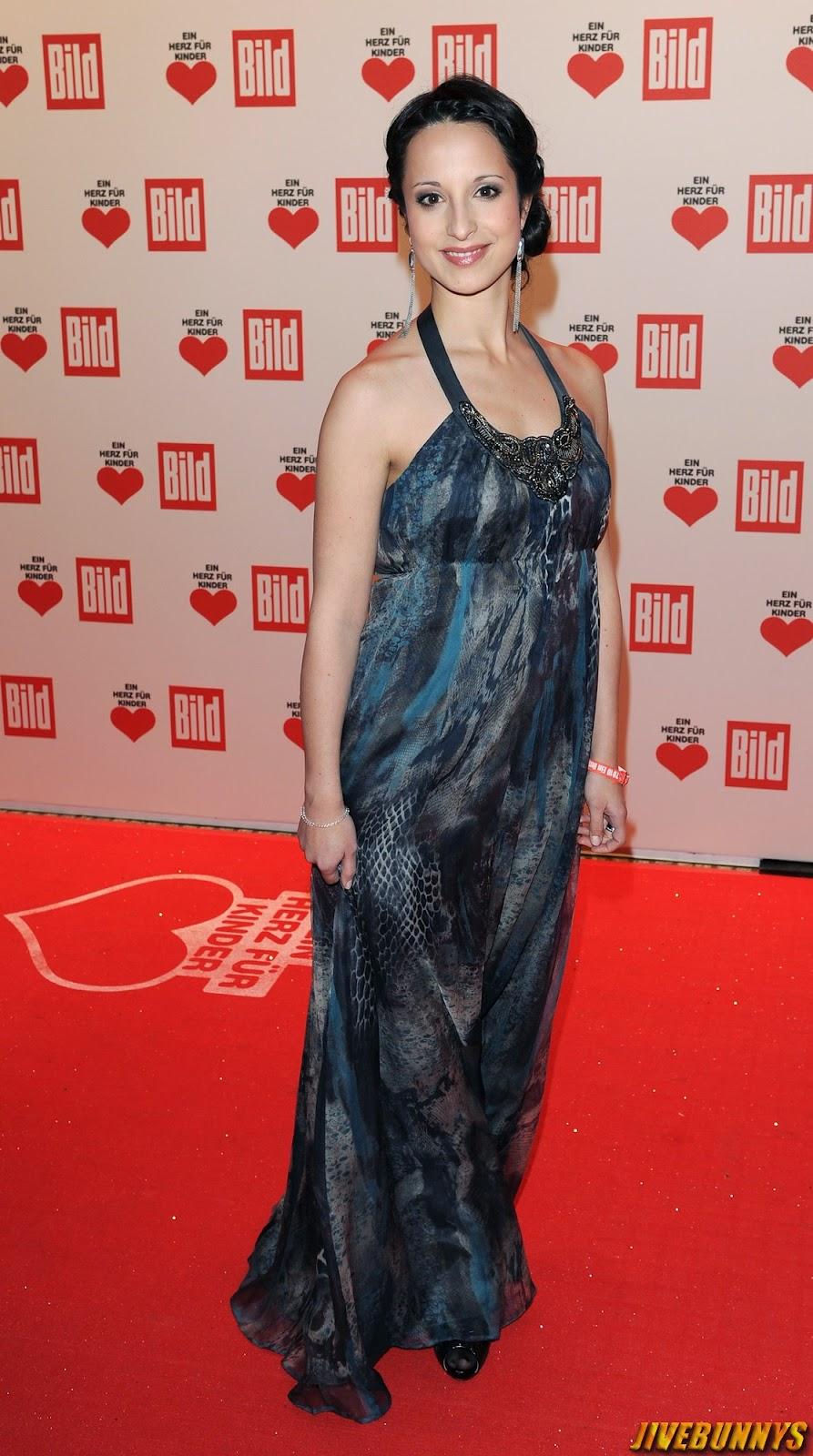 Stephanie Stumph Actress Photos Gallery 1-8870