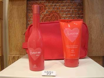 """Na The Beauty Box (1º piso), a sensação de Namorados é a promoção """"Eu te  amo. Eu me amo"""". São vários produtos, entre eles, o kit de banho Bubble  Block, ... 37bb620448"""