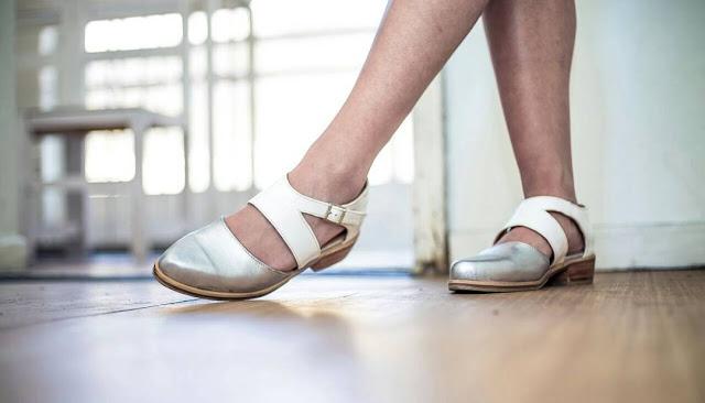Lorenza zapateras zapatos con toques de dulzura y locura for Sistema para zapateras