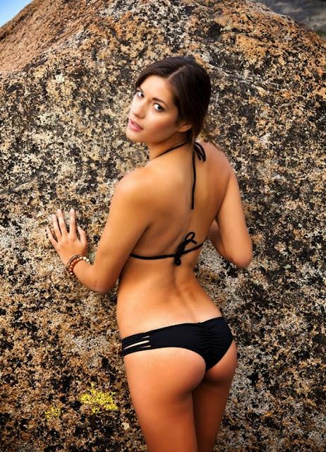 Vanessa Hanson Nude Photos 13