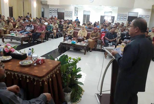 Bupati Ali Mukhni Minta Seluruh OPD Menerapkan Kecanggihan Teknologi Dalam Melaksanakan Kinerja