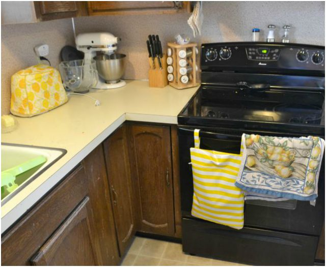 Kitchen Hamper and Oilcloth Tablecloth