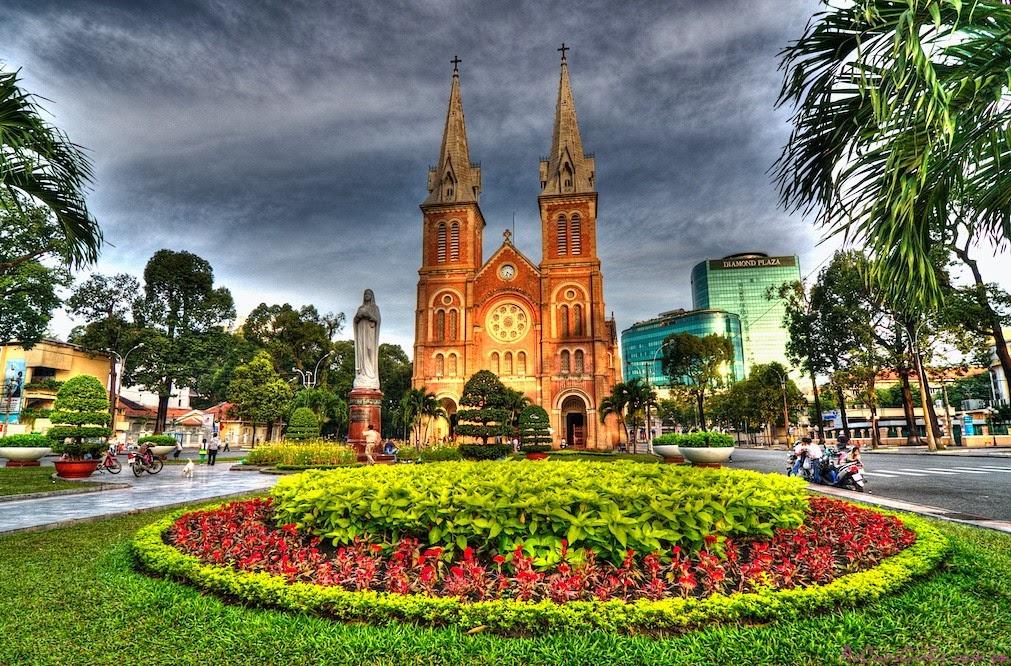 Nhà thờ Đức Bà và Những bức ảnh đẹp nhất