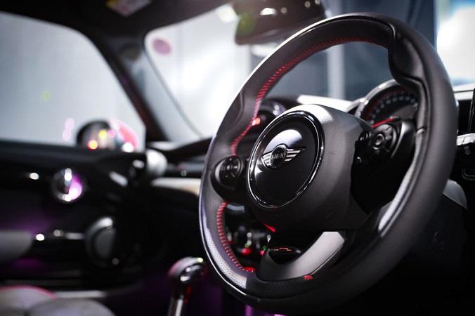 【うそっ!?】海外「新型ジムニーの衝突安全性テストで、世界最下位の車になってしまう!?」(ほんにゃく記@海外の反応)