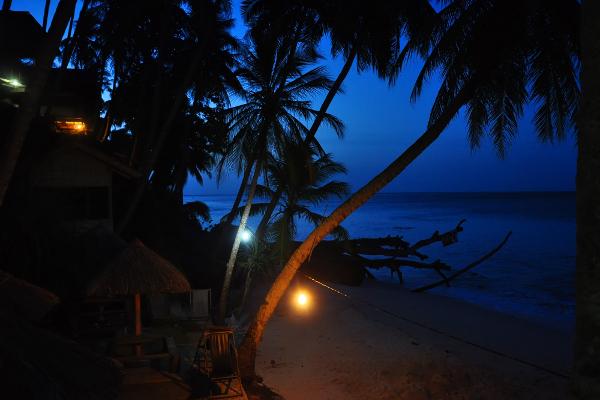 Menjelang petang di pantai iboih