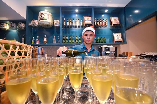 Ảnh: Tiệc giáng sinh 'đủ đầy' tại Four Points by Sheraton Đà Nẵng