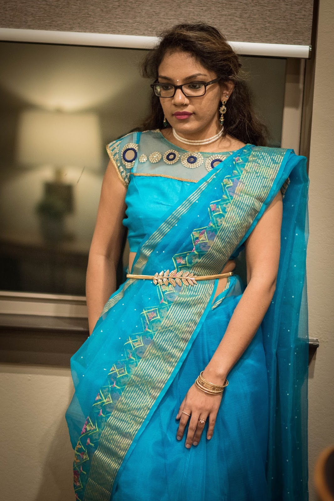 drape-your-sari-with-twist