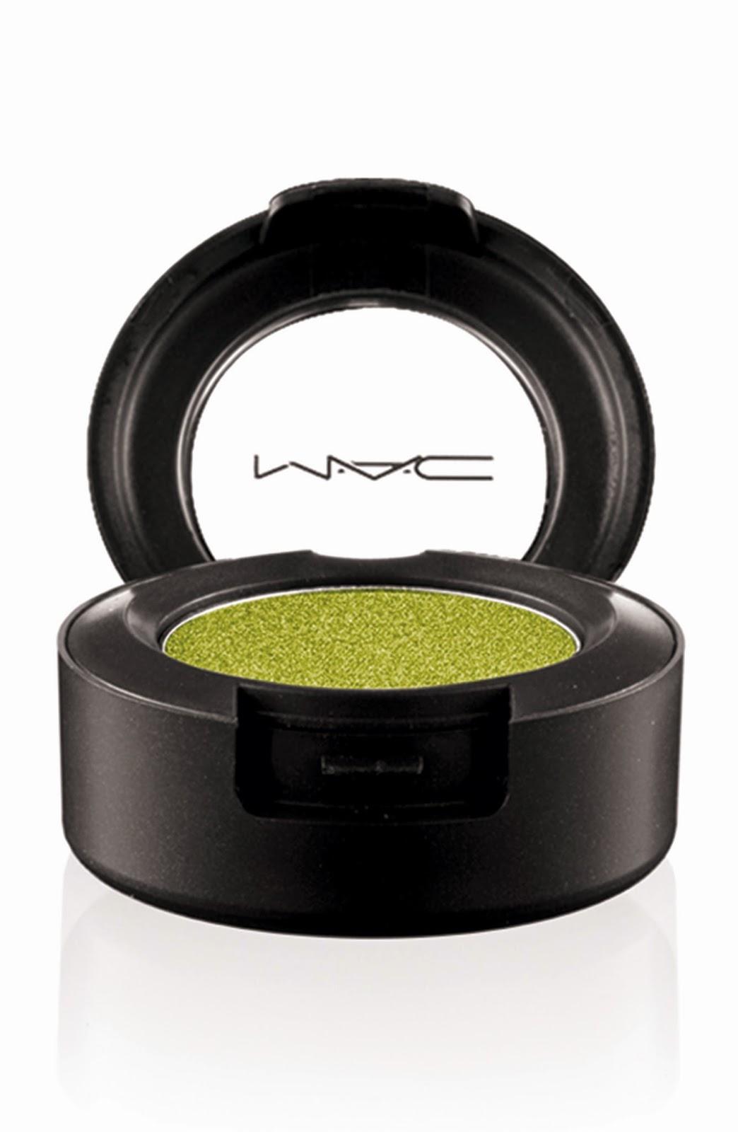 mac moody blooms eye shadow