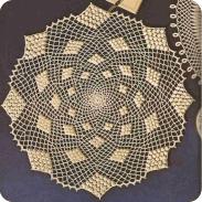 Centro de mesa con bodoques a Crochet