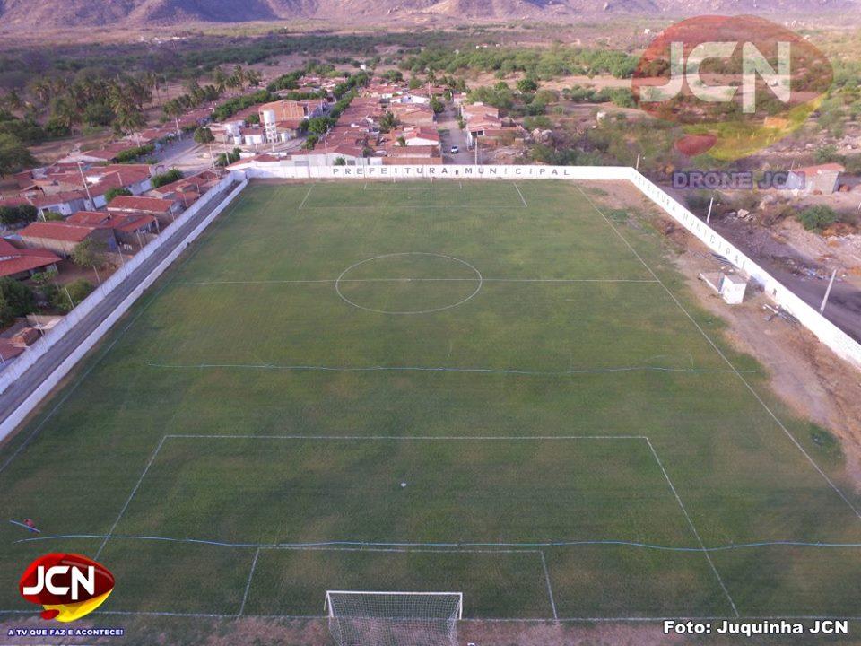463a78aa5f BLOG DO TOSCANO NETO  Ayrton elogiou o gramado do Estádio Municipal ...