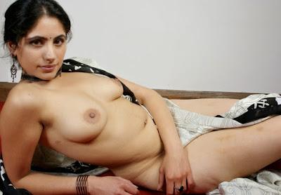 sexy naked women screensavers