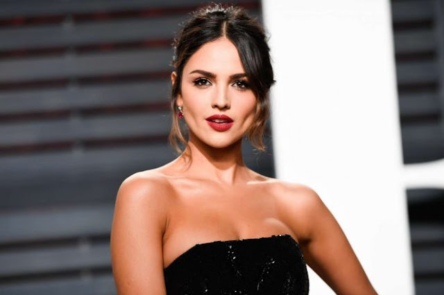 Eiza Gonzalez – 2017 Vanity Fair Oscar Party in Hollywood.