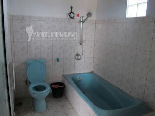 hotel duta karimun toilet