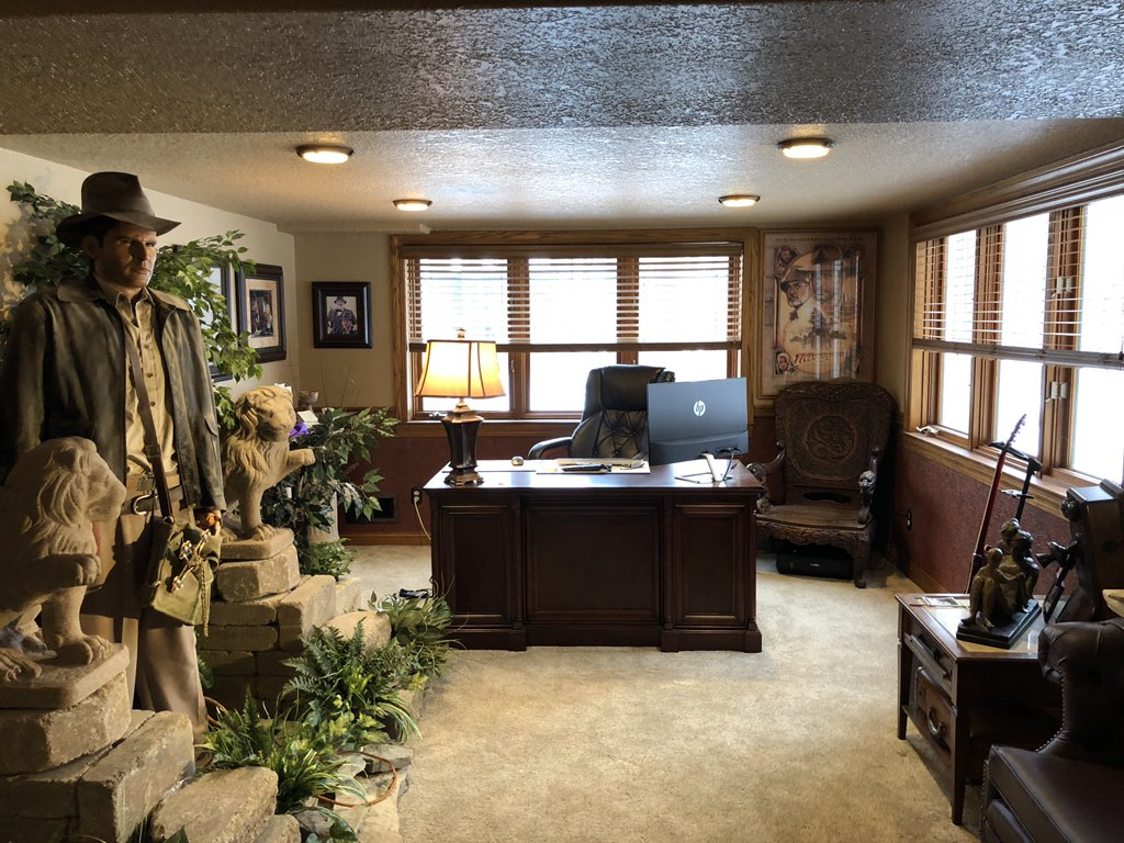 indiana jones office