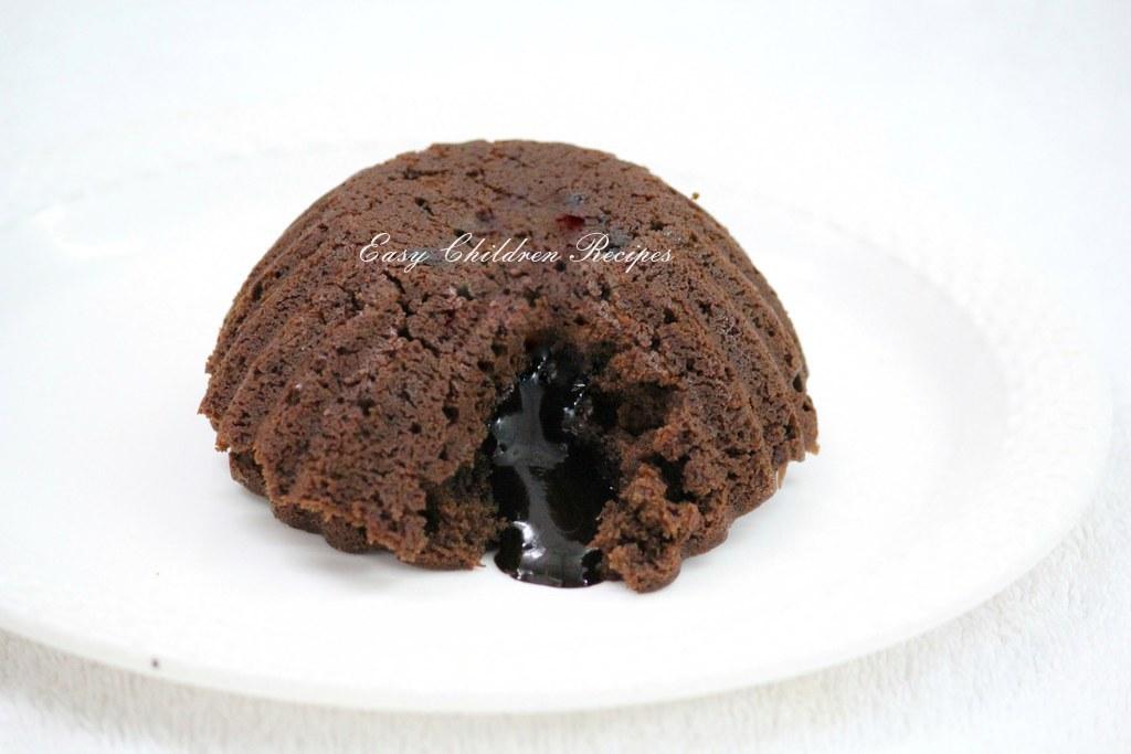 Egg Cake Recipe In Kadai: Easy Children Recipes: EGGLESS CHOCOLATE LAVA CAKE WITHOUT